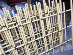 樹脂製の四つ目垣